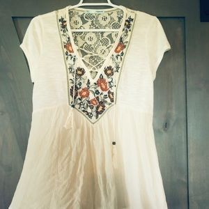 Maurices Cream BOHO Embroidered Top size M